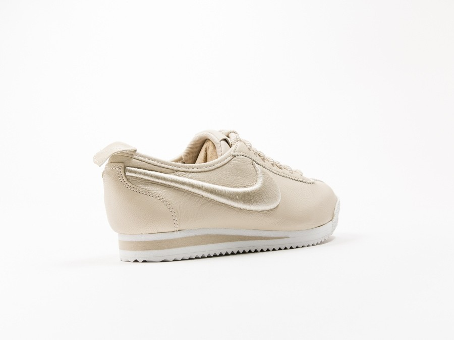 release date: cdbec 5a560 ... Nike Cortez 72 Si Wmns-881205-101-img-4 ...