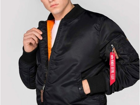 Cazadora Alpha Industries MA-1 VF 59 LONG Black-168100-03-img-3