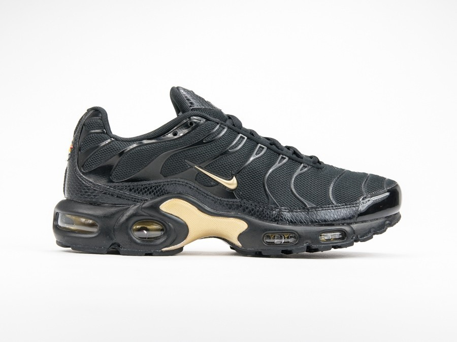sports shoes 15ee0 79a11 Nike Air Max Plus Black Gold-852630-022-img-1 ...