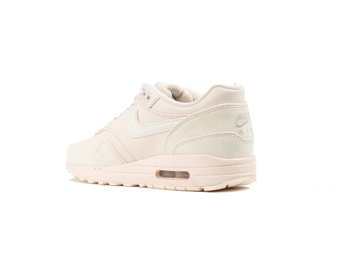 NIKE WMNS  AIR MAX 1 LUX SHOE GUAVA ICE-917691-801-img-4