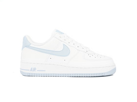 NIKE AIR FORCE 1 07 WOMEN...