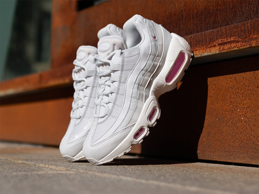 Nike Women's Air Max 95 Casual Shoes, White In Pink | ModeSens