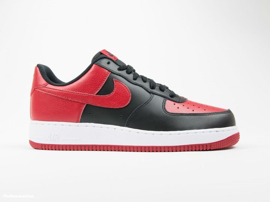 """Nike Air Force 1 """"Bred"""""""