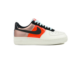 NIKE WOMEN AIR FORCE 1 LOW MTLC...