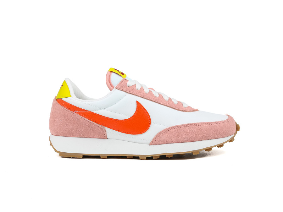 NIKE WOMEN DAYBREAK CORAL STARDUST TEAM ORANGE SUM