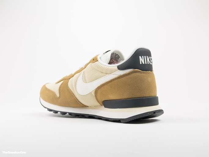Nike Internationalist-828041-701-img-4