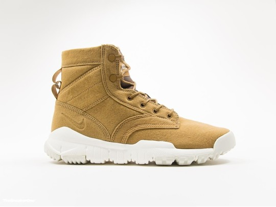 Nike SFB 6 Canvas Boot Golden Beige-844577-200-img-1