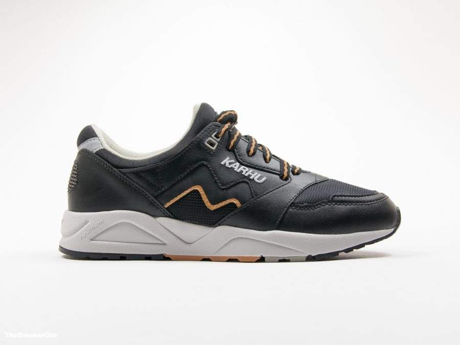 Karhu Aria Leather Black