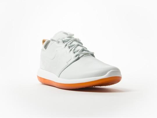 online store 43c13 1c4e0 Nike Roshe Two Leather Premium White